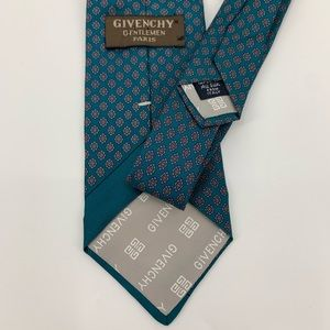 Givenchy Gentlemen Paris 100% silk tie